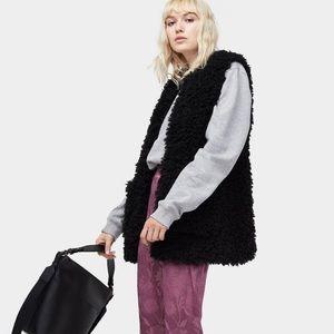 NWT UGG Farrah Faux Fur Vest Black